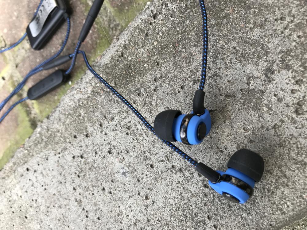 SoundMAGIC ST30 blue (1).png